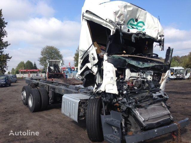 грузовик шасси MERCEDES-BENZ Actros 2642 после аварии по запчастям