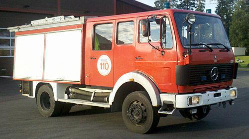 пожарная машина MERCEDES-BENZ 1019-AF, 4x4 WD