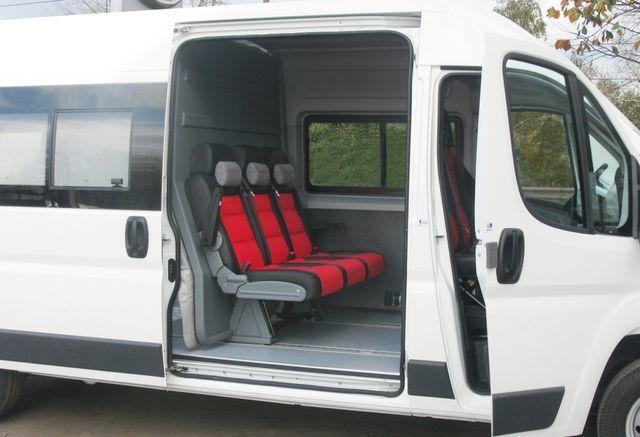 новый грузопассажирский микроавтобус FIAT Ducato Universal Transformer 2 in 1