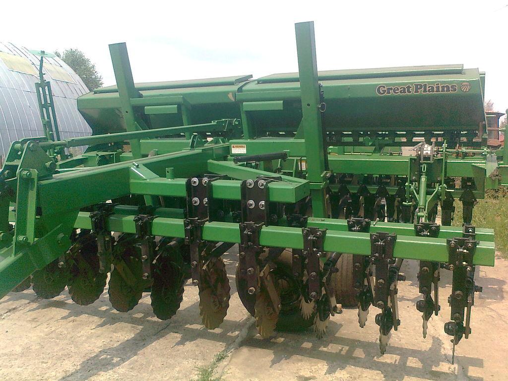 сеялка механическая GREAT PLAINS CPH - 1500 4,5 м зерновая  с внесением сухих минеральных удобрен