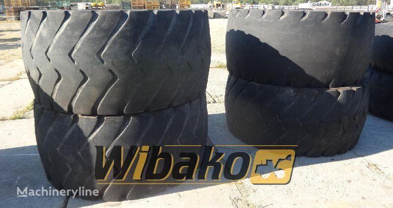 шина для фронтального погрузчика 800/65R29 (24/45/39)