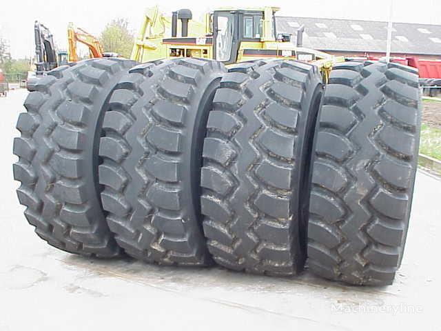 новая шина для фронтального погрузчика Goodyear GP 4B AT L4 29.50- 25.00