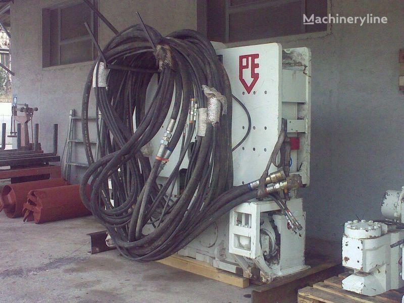 другая спецтехника Вибропогружатель  PVE25 M + power unit PVE 480.
