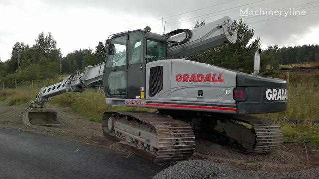 экскаватор-планировщик GRADALL XL 4200 SERII