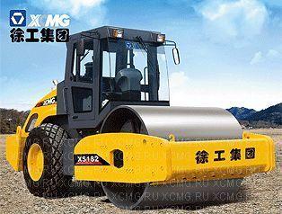 новый каток грунтовый XCMG XS182