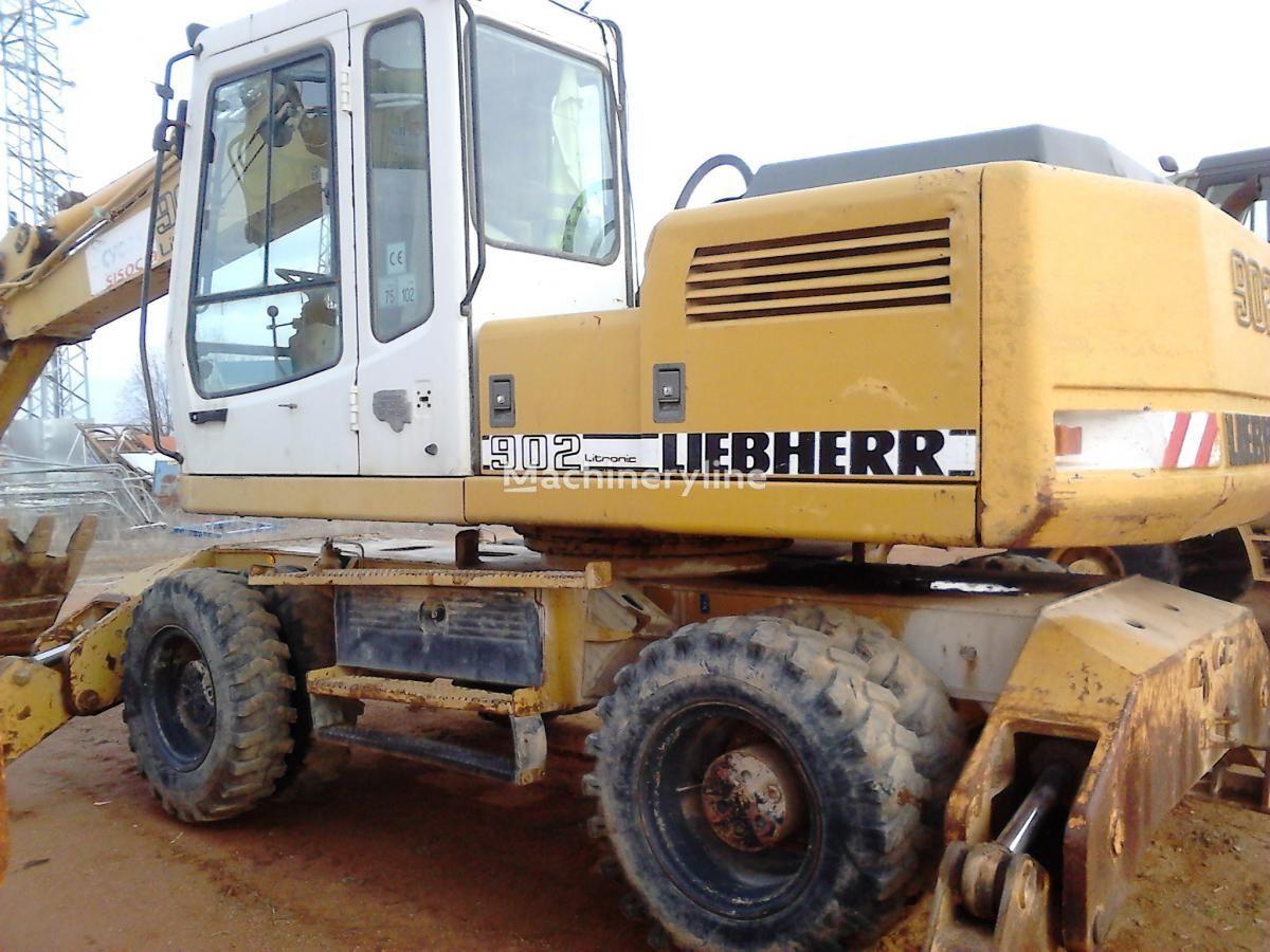 колесный экскаватор LIEBHERR A902 Litr.4P