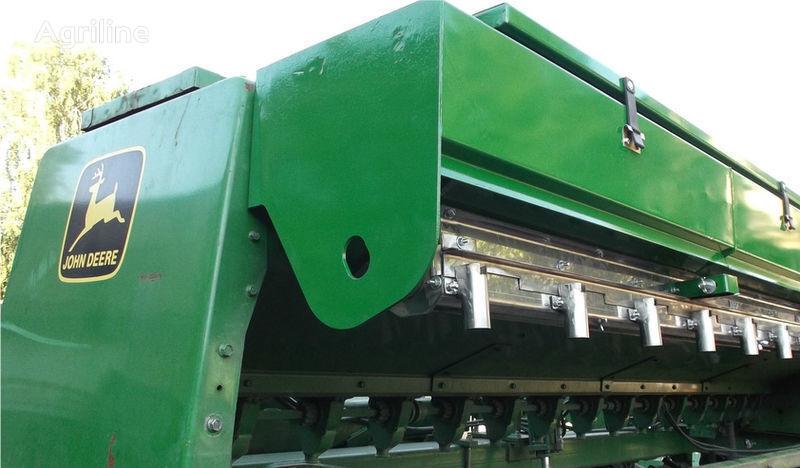 новый аппарат высевающий  Приспособление для внесения удобрений для сеялки JOHN DEERE