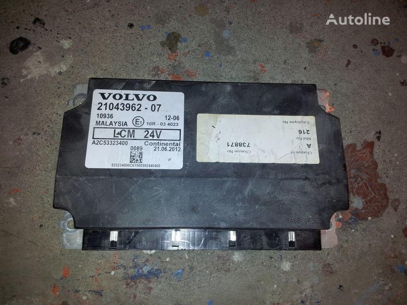 блок управления  VOLVO FH13 LCM lightning control unit 21043962, 21043961, 85102471, 85102472 для тягача VOLVO FH13