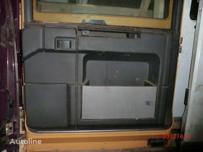 дверь  Обшивка для тягача RENAULT Magnum