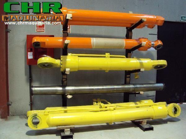 гидроцилиндр для экскаватора KOMATSU PC210-6, PC240-6, PC34