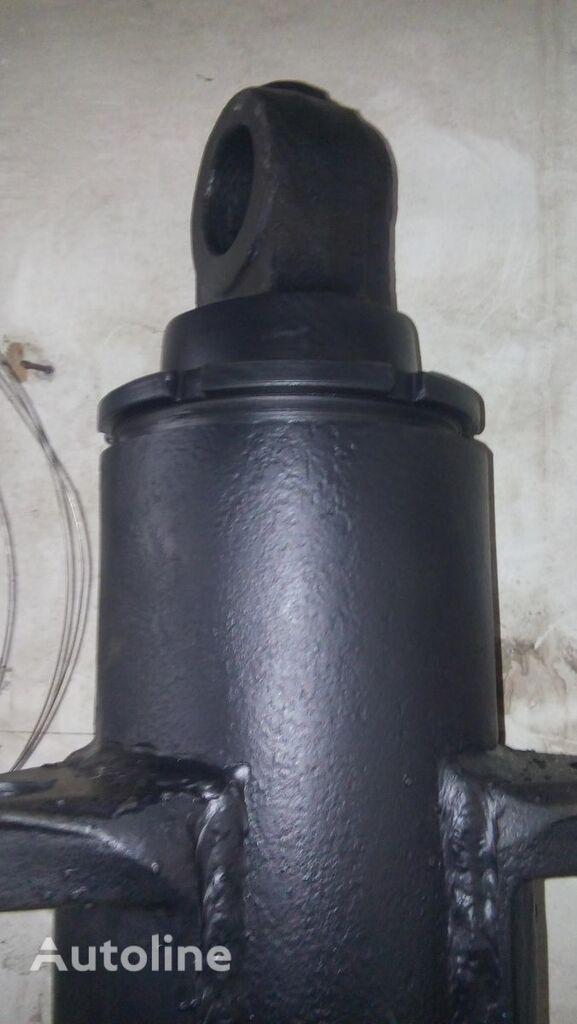 новый гидроцилиндр  подъема d-110 для фронтального погрузчика ЛЬВОВСКИЙ