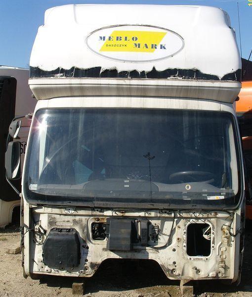 кабина  DAF KOMPLETNA Z GLOBEM (KURNIK) для тягача DAF LF 45