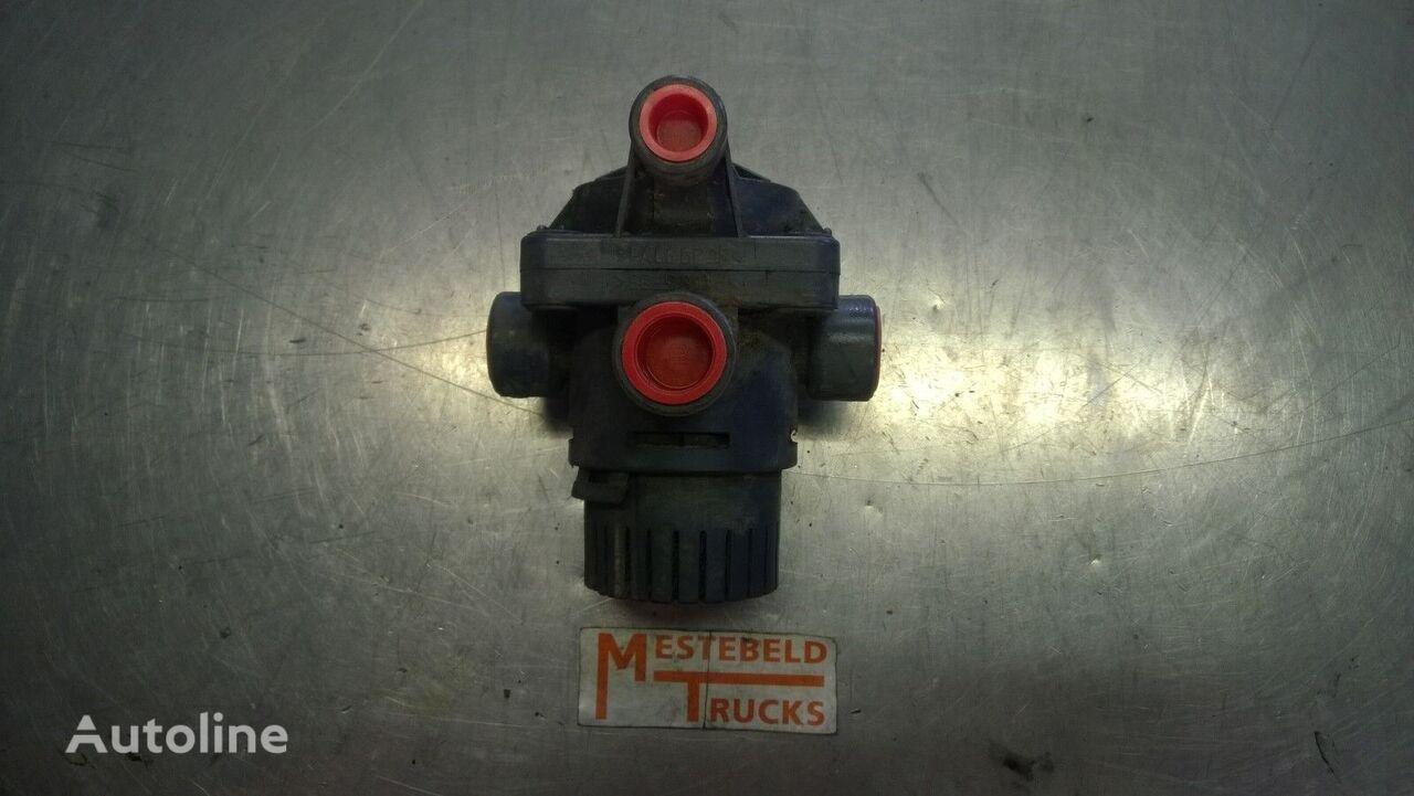клапан  Parkeerremventiel для тягача MERCEDES-BENZ Parkeerremventiel