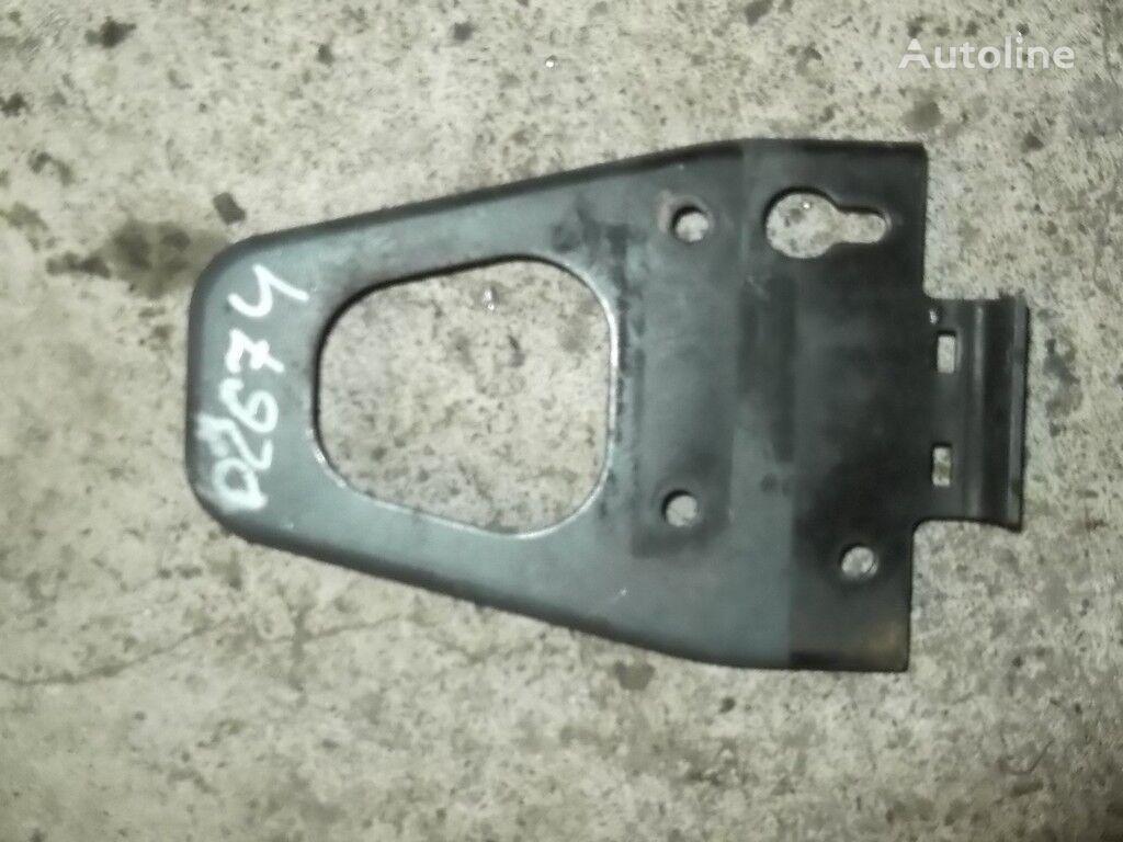 крепежные элементы  усилителя переднего бампера DAF для грузовика