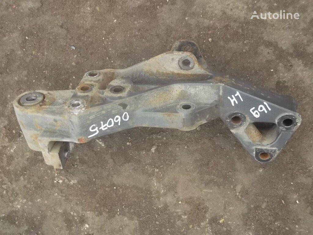 крепежные элементы  Кронштейн крепления передней рессоры LH Volvo для грузовика