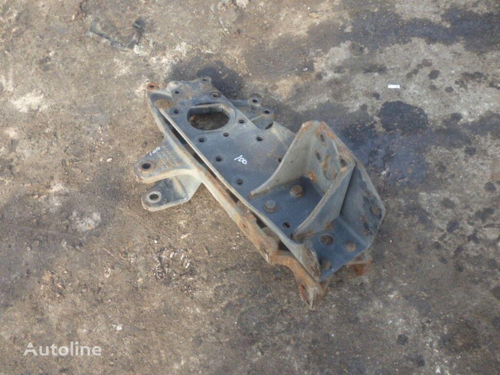 крепежные элементы  Кронштейн крепления передней рессоры Mercedes Прав. для грузовика
