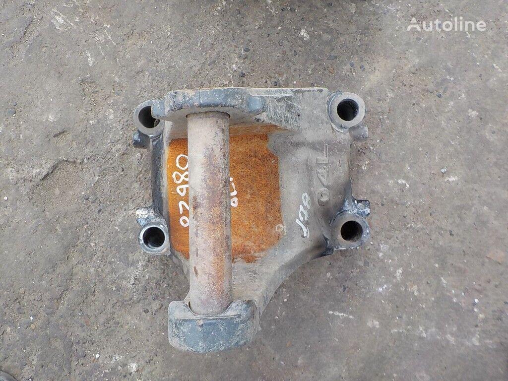 крепежные элементы  MAN Кронштейн реактивной тяги для грузовика