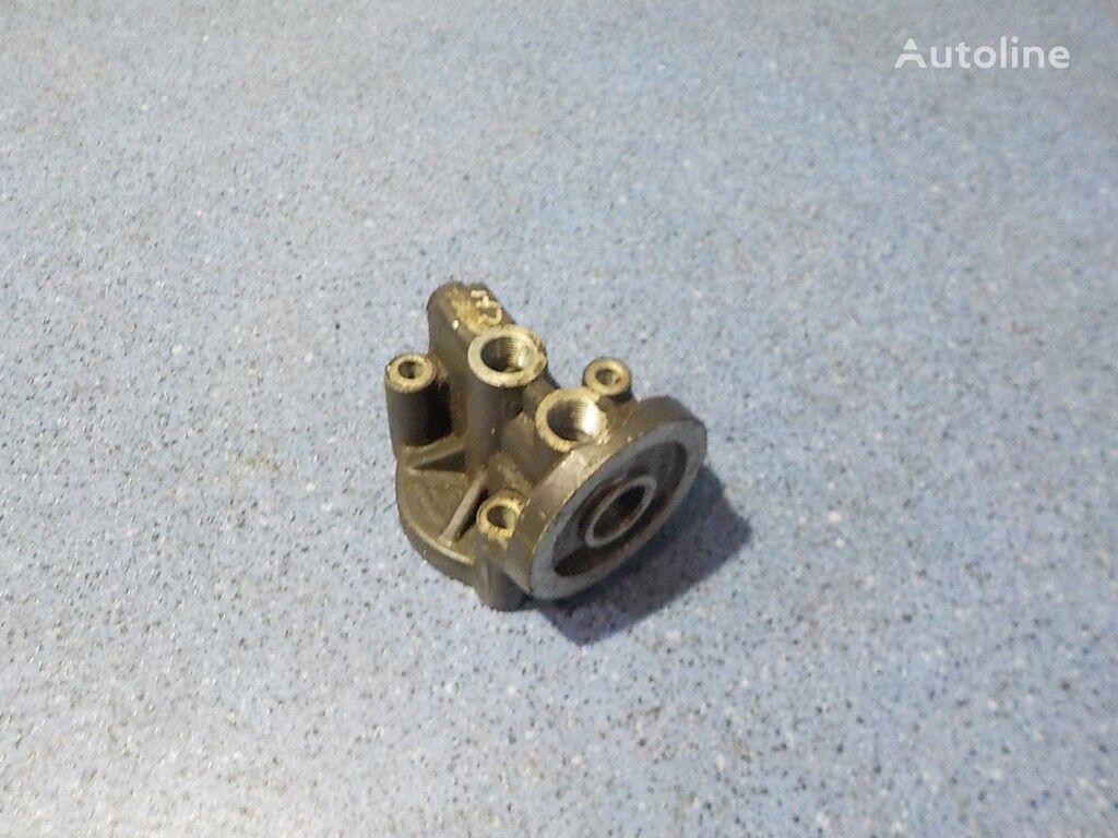 крепежные элементы  Кронштейн фильтра системы охлаждения масла Scania для грузовика