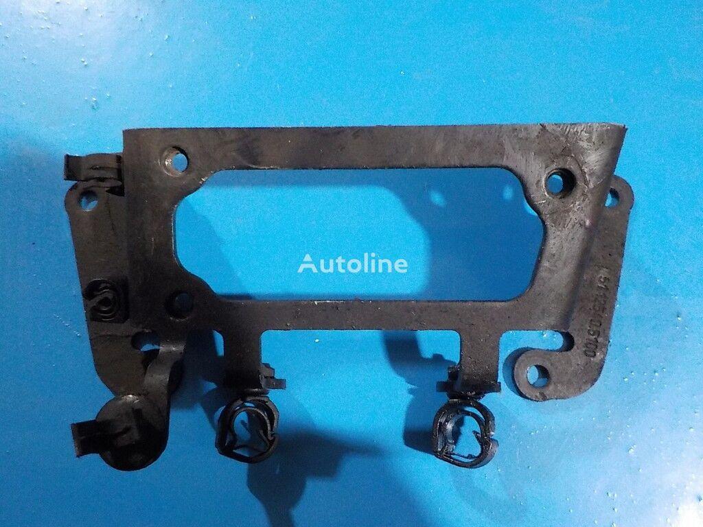 крепежные элементы  топливного фильтра MAN для грузовика