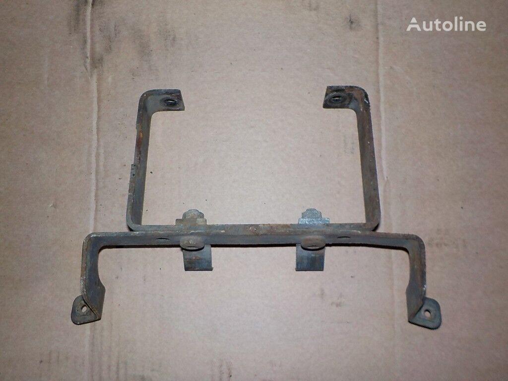крепежные элементы  Кронштейн подножки для грузовика DAF