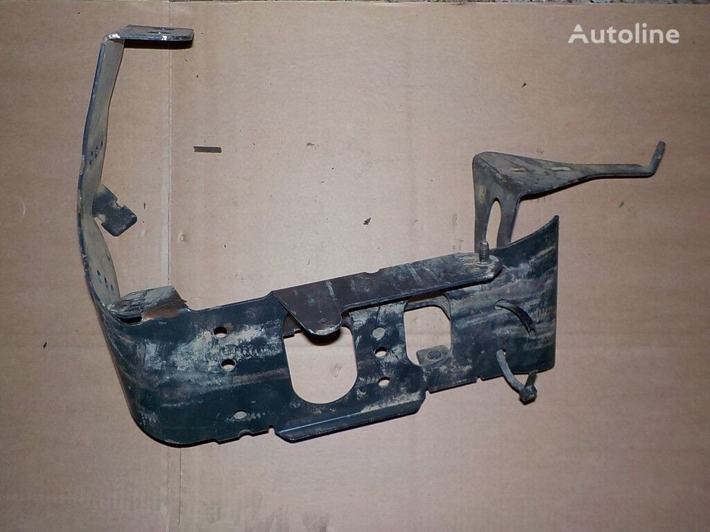 крепежные элементы  Кронштейн подножки для грузовика IVECO