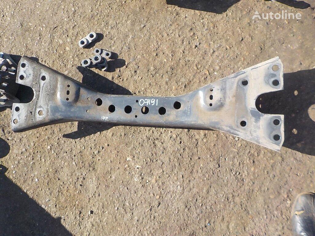 крепежные элементы  Траверса для грузовика SCANIA