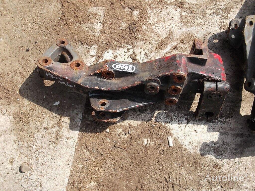 крепежные элементы  Задний кронштейн рессоры для грузовика VOLVO