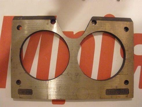 очковая плита  MECBO Износостойкие (плиты трения) для автобетононасоса