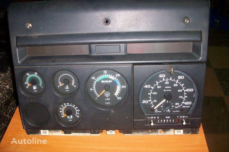 панель приборов  CF-85 для тягача DAF  XF,CF