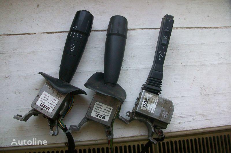 панель приборов  Подрулевой переключатель с блоками управления для тягача DAF XF,CF