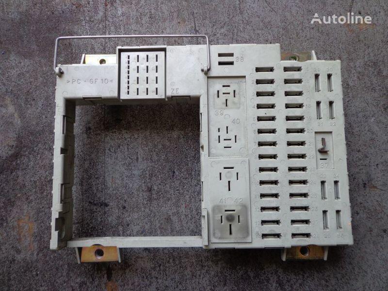 предохранительная коробка для тягача MAN TGA