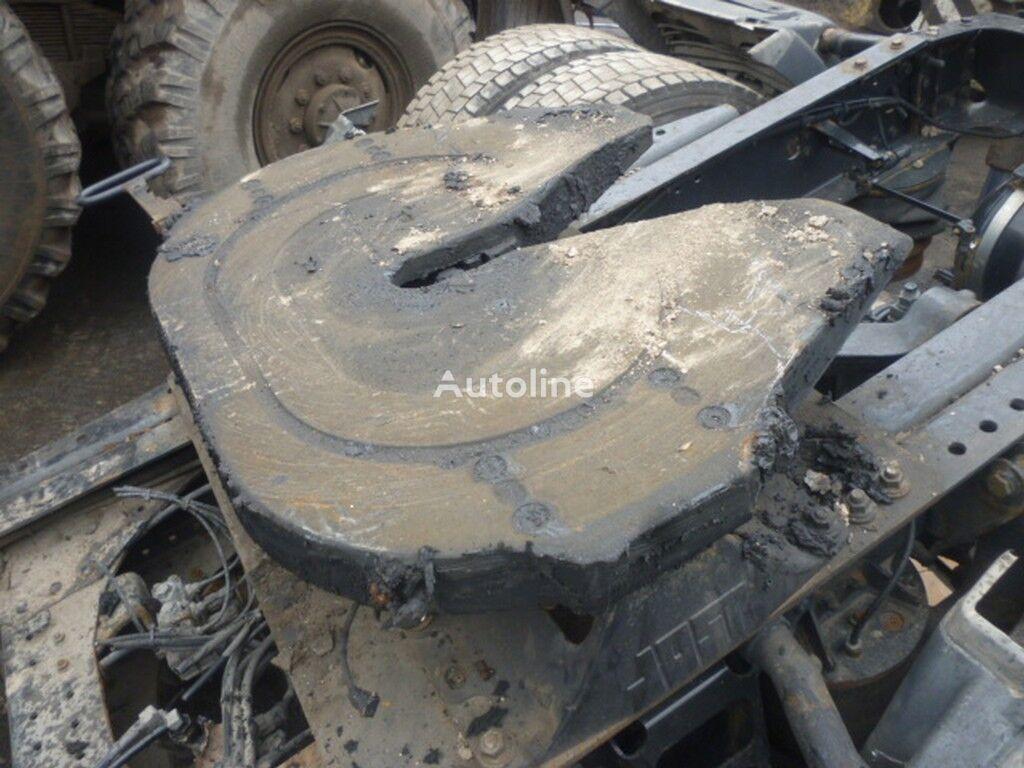 седельное устройство  В=240 Д=880 Ш=405 для грузовика