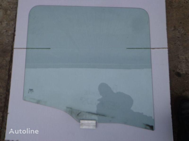 стекло  боковое для грузовика SCANIA 94, 114, 124