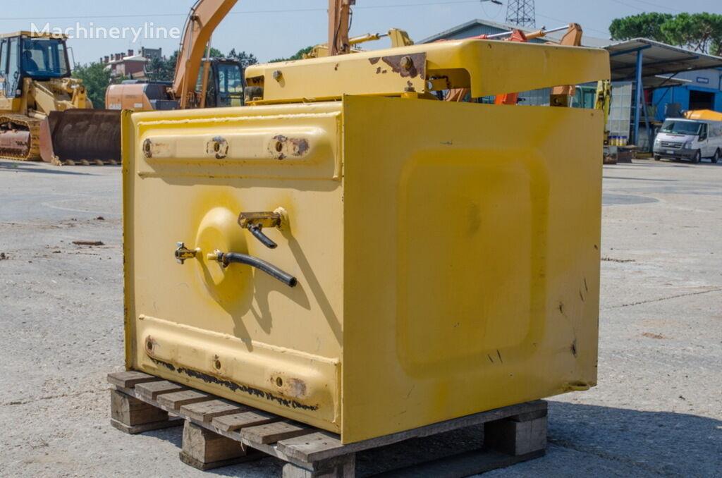 топливный бак для экскаватора KOMATSU PC240LC-6