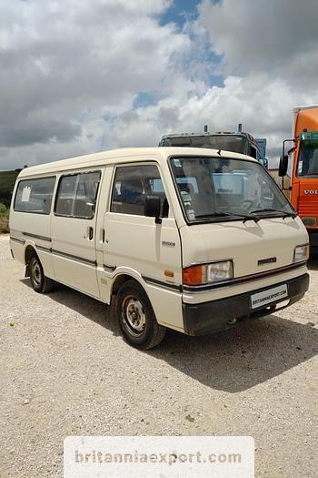 пассажирский микроавтобус MAZDA E2200 left hand drive 2.2 D 9 seats long wheel base