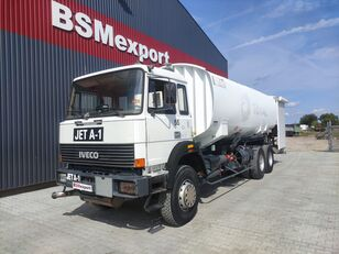 бензовоз IVECO 330-30, 6x4, 26000 liter, JET A-1
