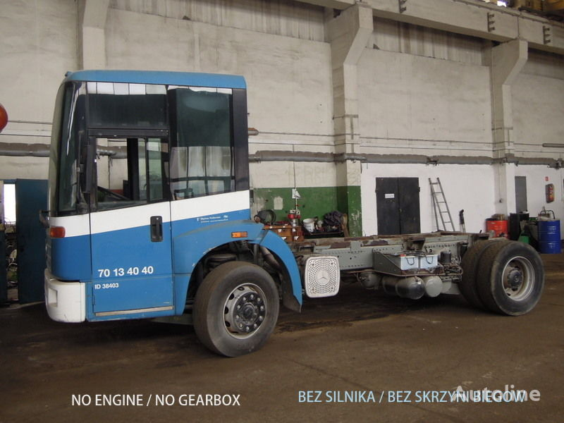 грузовик шасси MERCEDES-BENZ Econic 1828