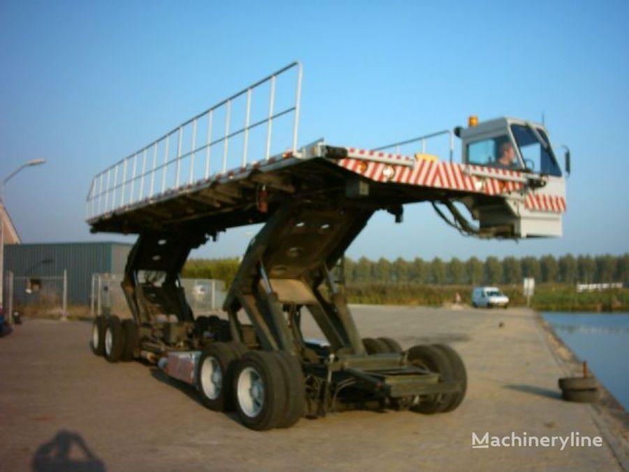 другая аэродромная техника CATERPILLAR oskosh airplane loade