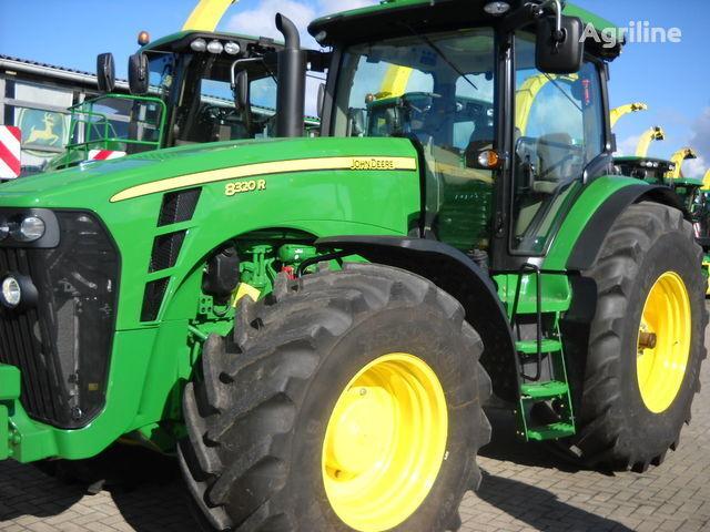 трактор колесный JOHN DEERE 8320 R (НОВЫЙ)