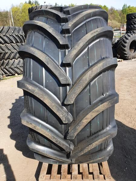 новая шина для трактора Rosava CM-103 172A8 TL