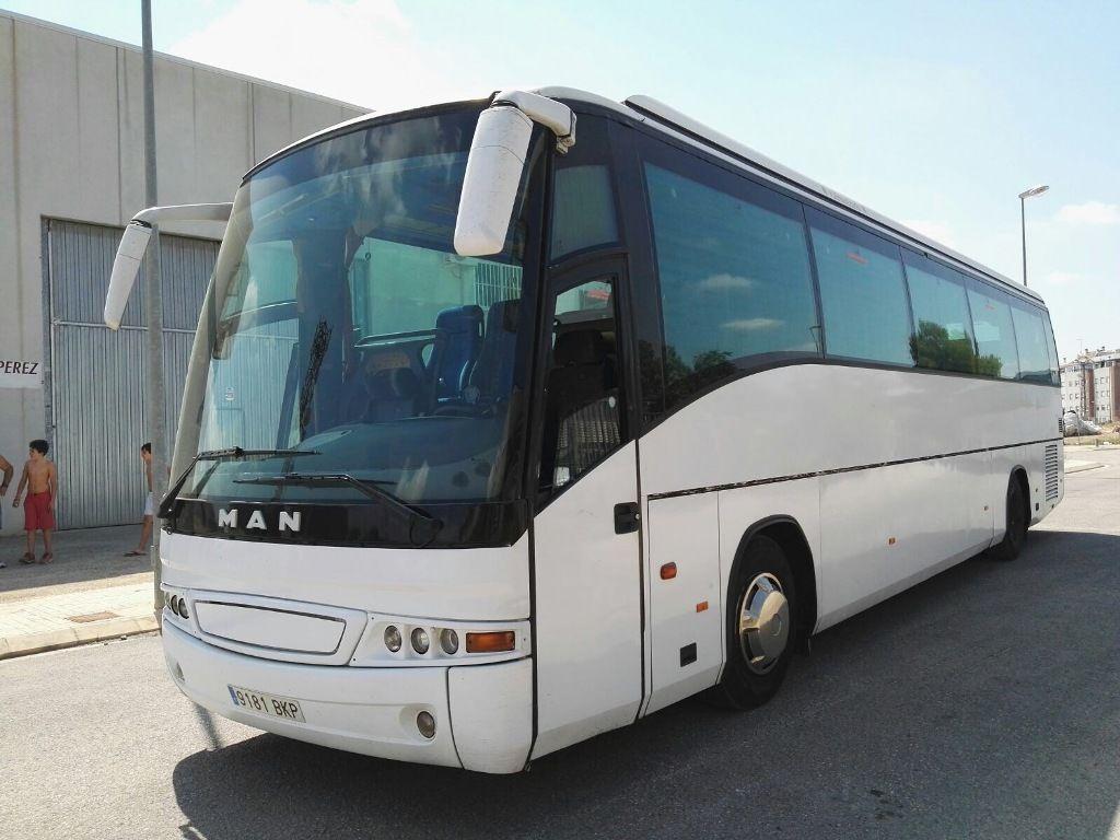 туристический автобус MAN 18.400