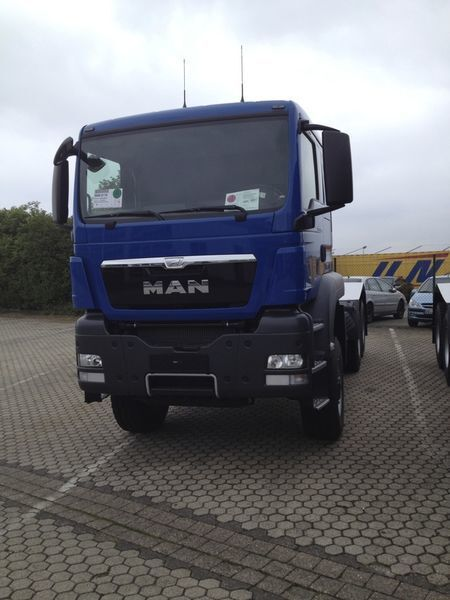 новый тягач MAN TGS 33.480, 6x6, EUR 3