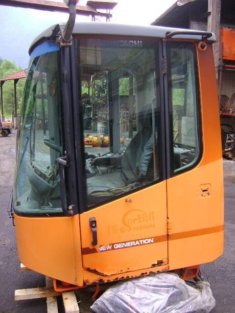 кабина для фронтального погрузчика FIAT-HITACHI W 230