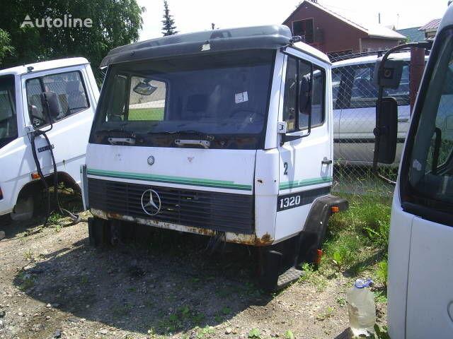 кабина для грузовика MERCEDES-BENZ 1324
