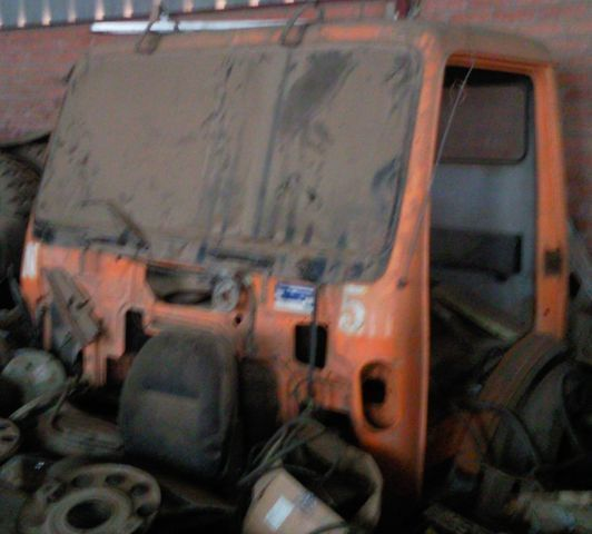 кабина  cabina SK для грузовика MERCEDES-BENZ 1835 3534