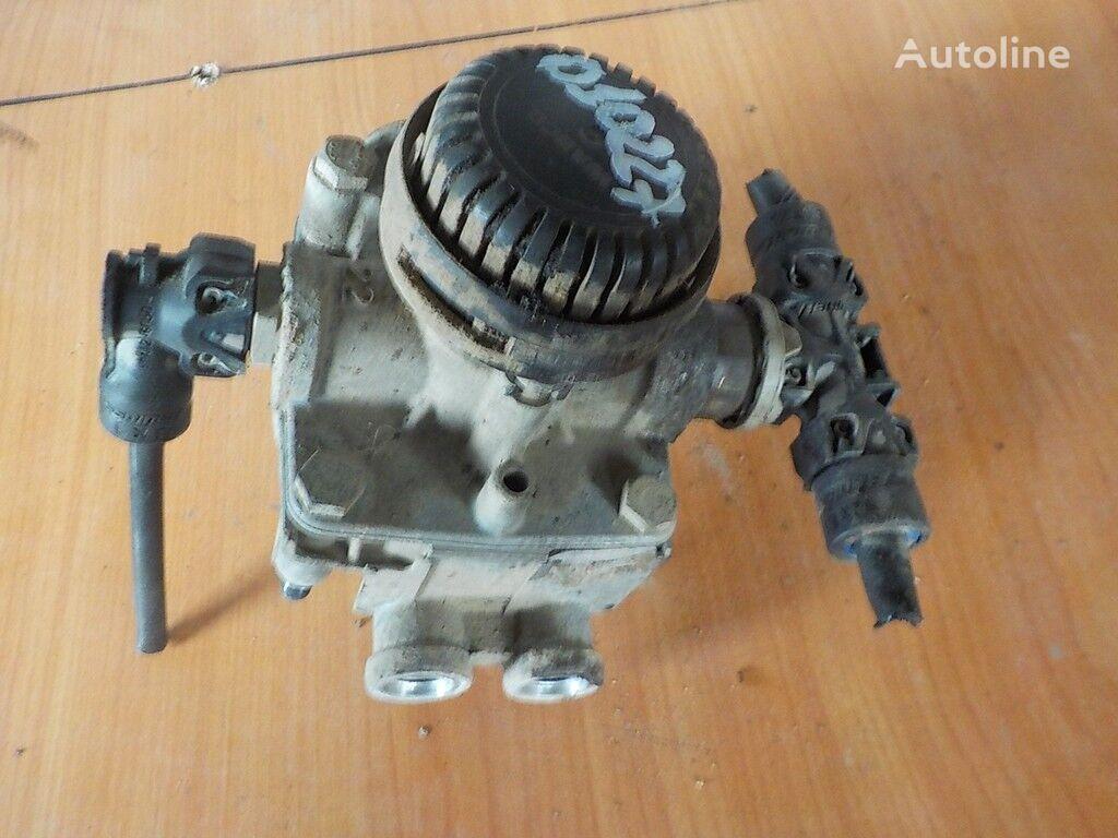клапан  Iveco ускорительный для грузовика
