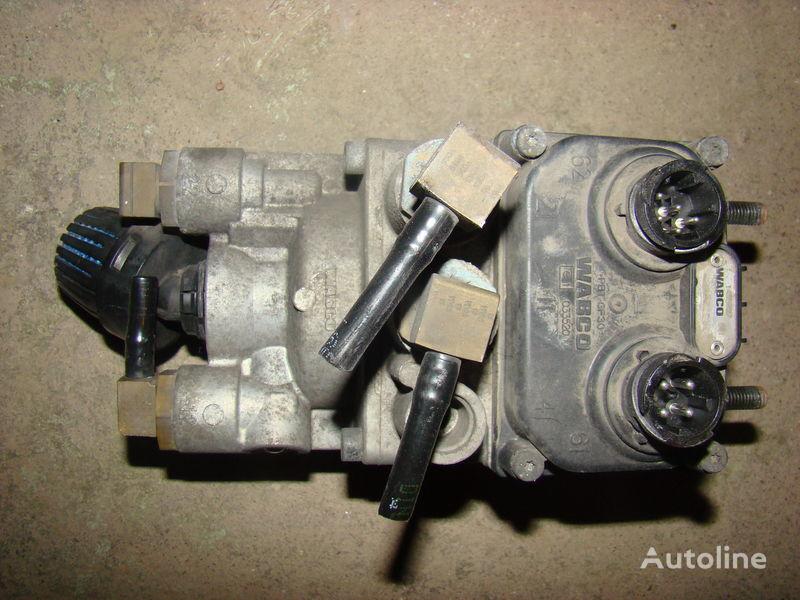 кран DAF foot brake valve 1455027 для тягача DAF 105XF