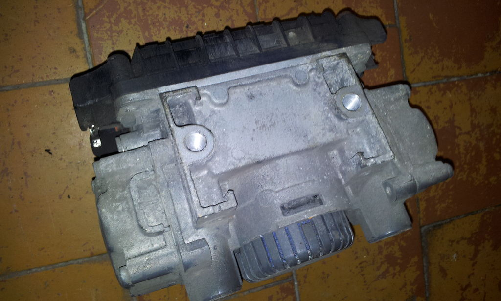 кран MERCEDES-BENZ MP2, MP3, EURO3, EURO5, axle gear modulator, rear axle EPB-2, EP для тягача MERCEDES-BENZ Actros
