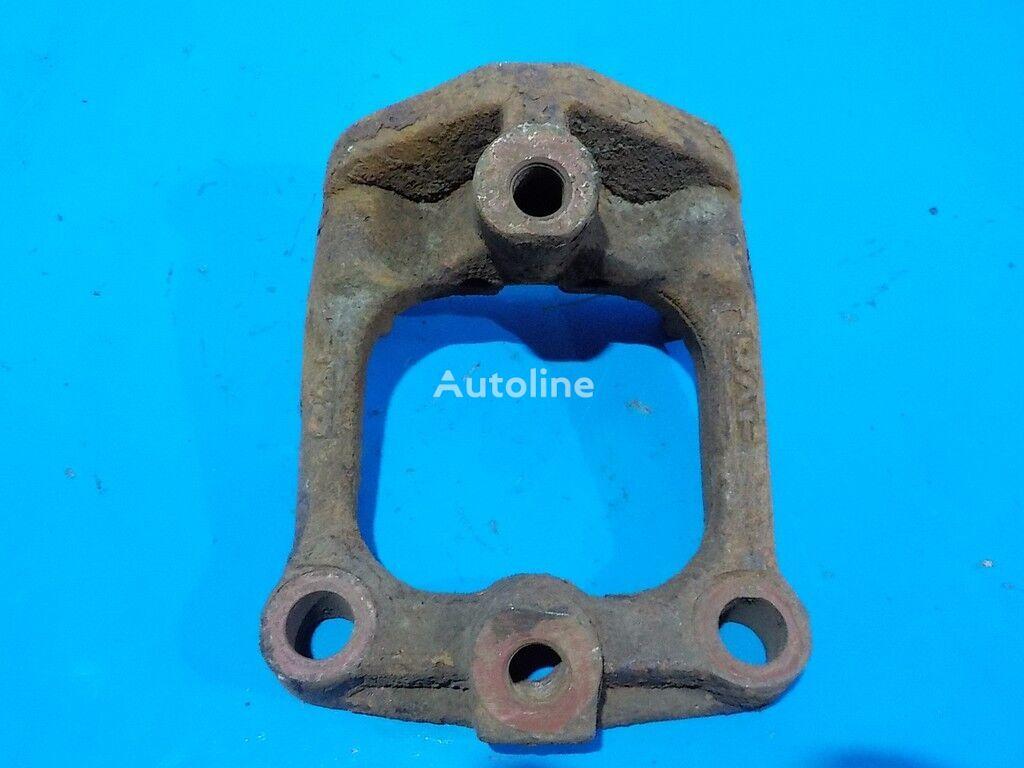 крепежные элементы  Кронштейн реактивной тяги DAF для грузовика