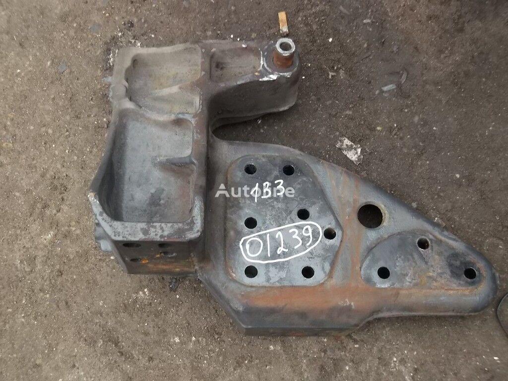 крепежные элементы  Кронштейн крепления торсиона Renault для грузовика